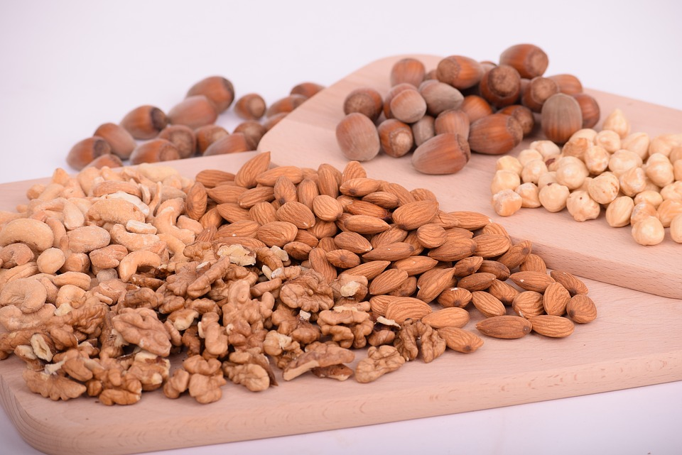 protein-nutsseeds-over40-fitness